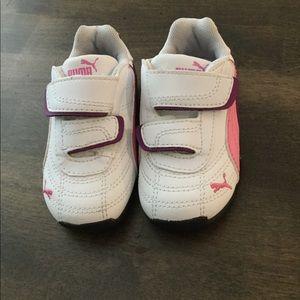 Puma girls sneakers